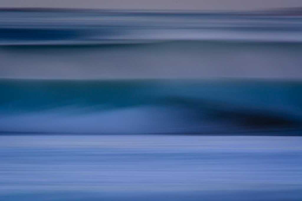Osho captures the blurred lines of a huge winter swell